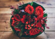 Happy Valentines Day Flowers to gift
